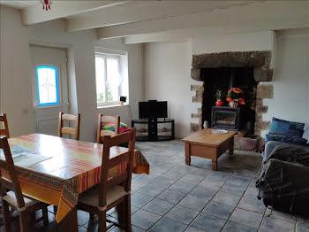 maison à Plounévez-Lochrist (29)
