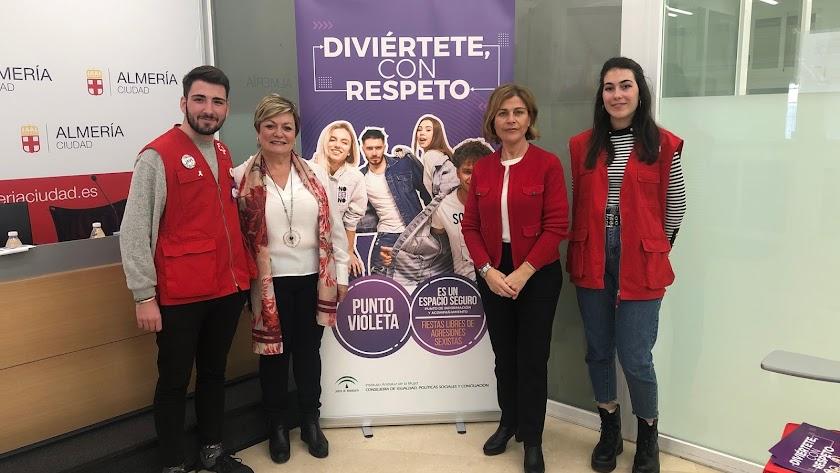 Javier Alastrué, Mª José Navarro, Paola Laynez y Andrea Olóriz.