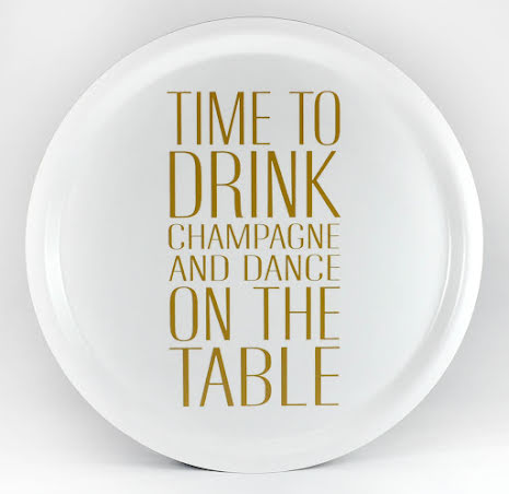 Bricka - Time to drink Champagne -vit/guld