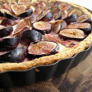 Fresh Fig Tart with Honey-Orange Custard