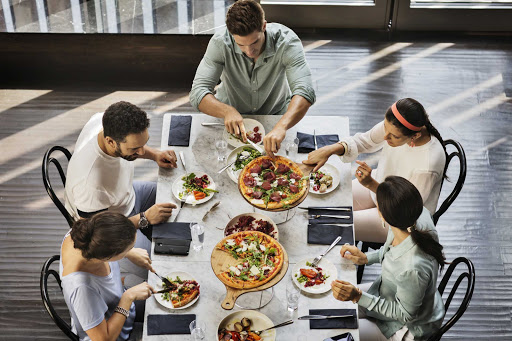 You'll be able to find familiar dining options like pizza in Dubai's many casual and fine dining spots.