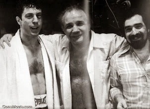 """Photo: Robert de Niro, Jake LaMotta e Martin Scorsese em """"Touro Indomável"""""""