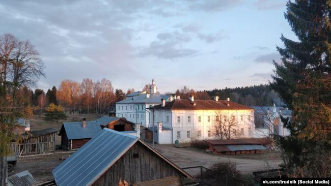 Павло-Обнорский монастырь в Вологодской области