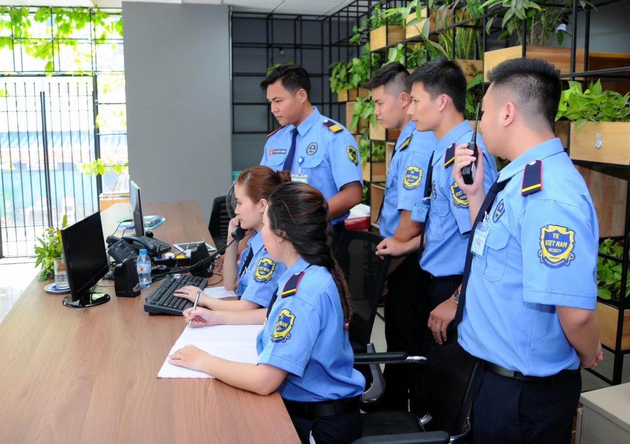 Nhân viên công ty bảo vệ tòa nhà phải đảm nhiệm nhiều nhiệm vụ quan trọng