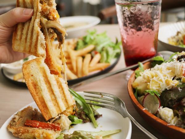 食_在廚房。台中大里老宅改造_西式蔬食早午餐_食材新鮮口味特別