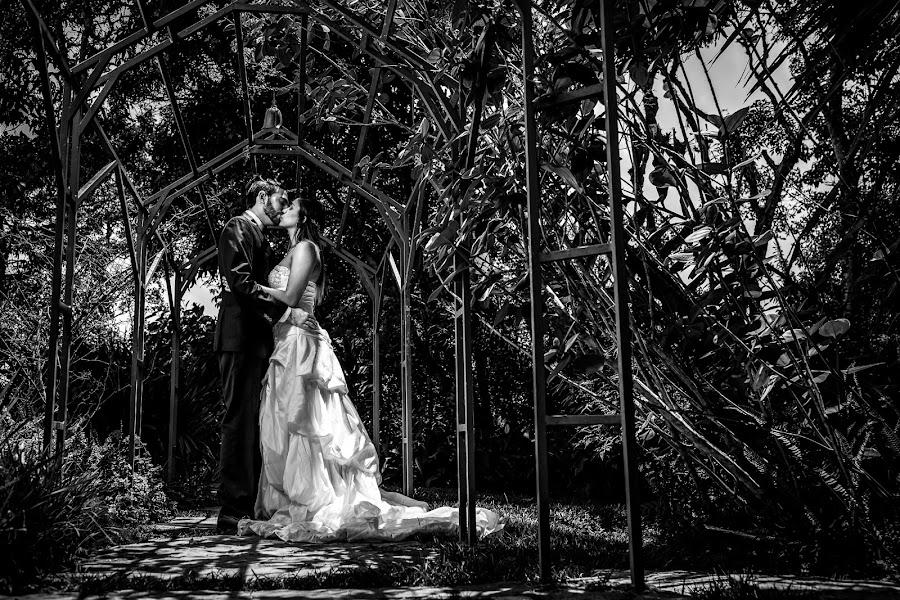 Wedding photographer Leonel Longa (leonellonga). Photo of 14.03.2019