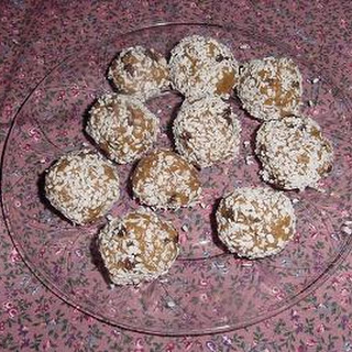 Peanut Butter Raisin Balls