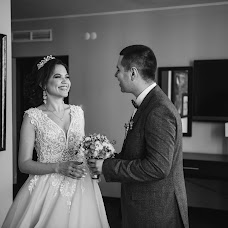 Wedding photographer Denis Khuseyn (legvinl). Photo of 27.04.2018