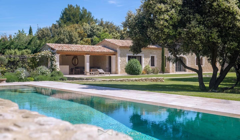 Propriété avec piscine et jardin Eygalières