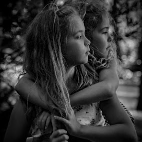 Sister's by Michael Haagen - Black & White Portraits & People ( woman, family b&w, hild, sisters, girl,  )