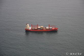 Photo: Vi passerer skip etter skip på vei over kanalen