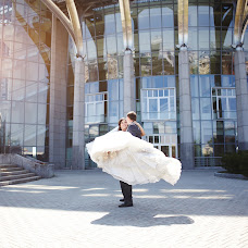 Wedding photographer Evgeniya Krasovskaya (alessa-white). Photo of 07.08.2014