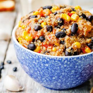Black Bean and Quinoa Chili Bowl