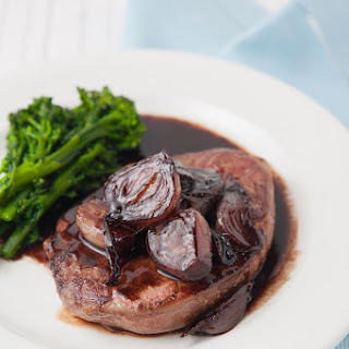 Lamb Steaks with Shallots and Red Wine Sauce Recipe