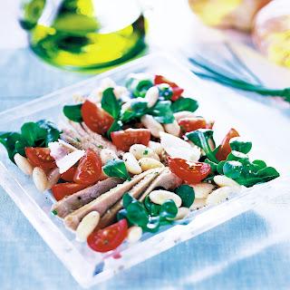 Salat mit Thunfisch, Bohnen und Parmesan