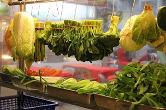 Photo: Eat Your Greens, Kids @ Jalan Alor, Kuala Lumpur, Malaysia - http://photo.leptians.net