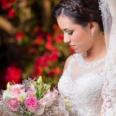 Wedding photographer Israel Guevara (Jesús-Pérez). Photo of 09.11.2017