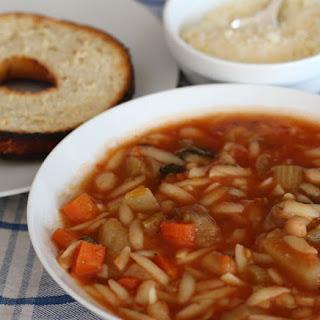 Slow Cooker Vegetarian Minestrone Soup.
