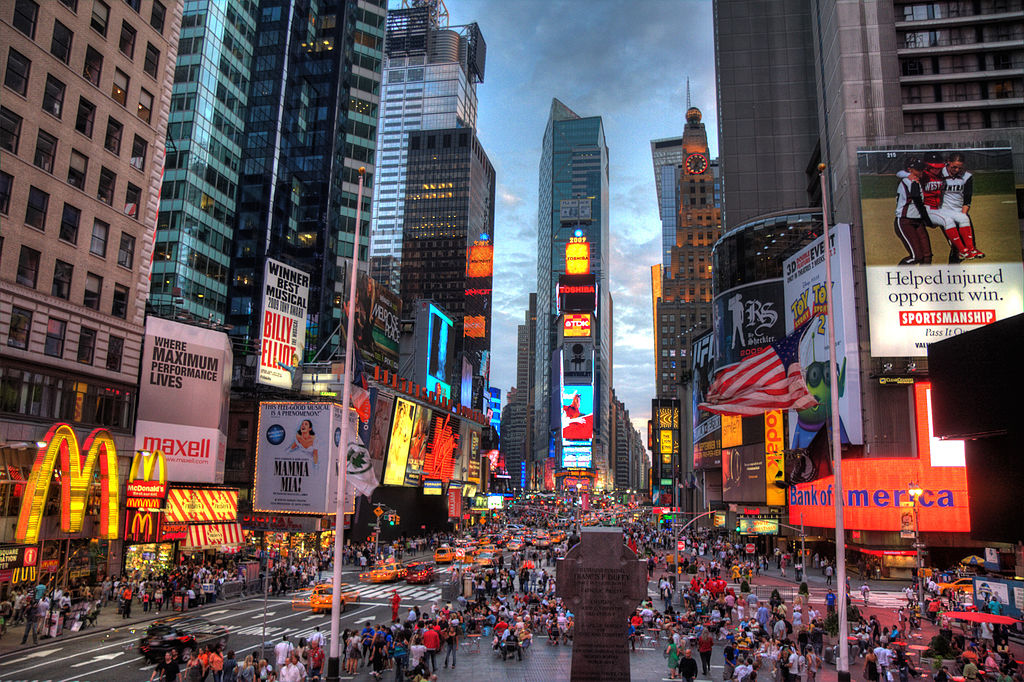 1024px-New_york_times_square-terabass.jpg