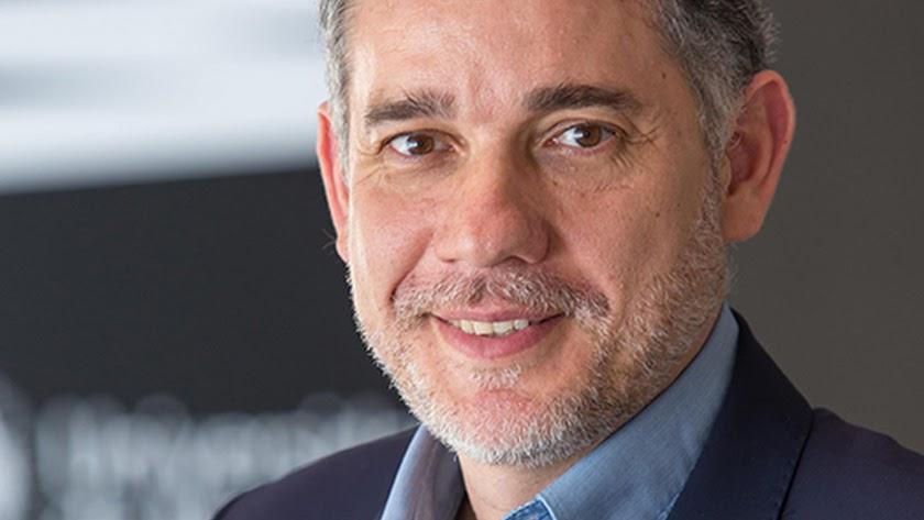 Ramón Salaverría, experto mundial en Periodismo.