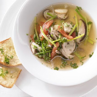 Mushroom Soup with Tomatoes