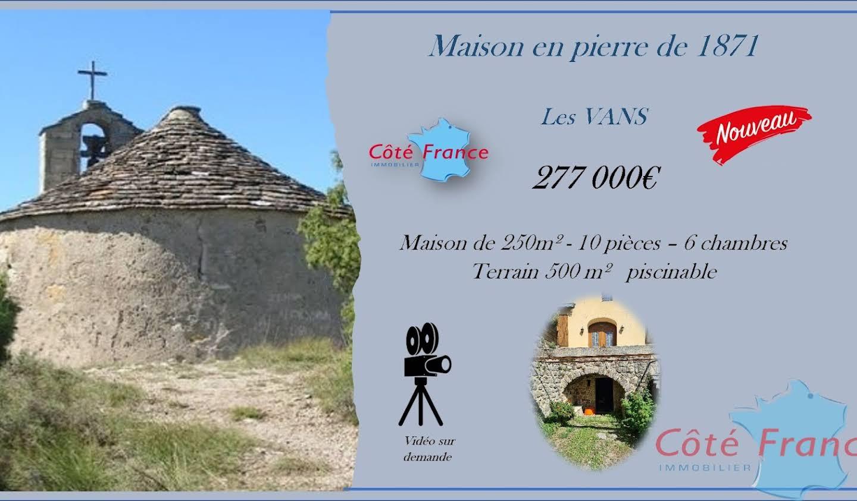 House with terrace Les Vans