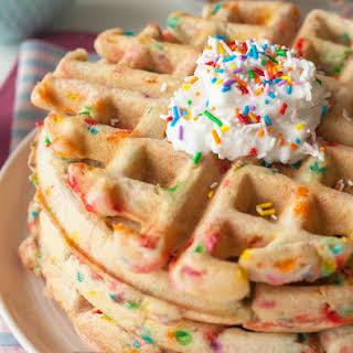 Vegan Funfetti Waffles | Vegan Waffles.
