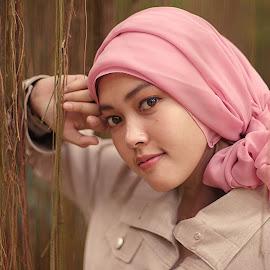 shine by Ahmad Shofyadi - People Portraits of Women ( woman, natural light, casual, portrait, people )