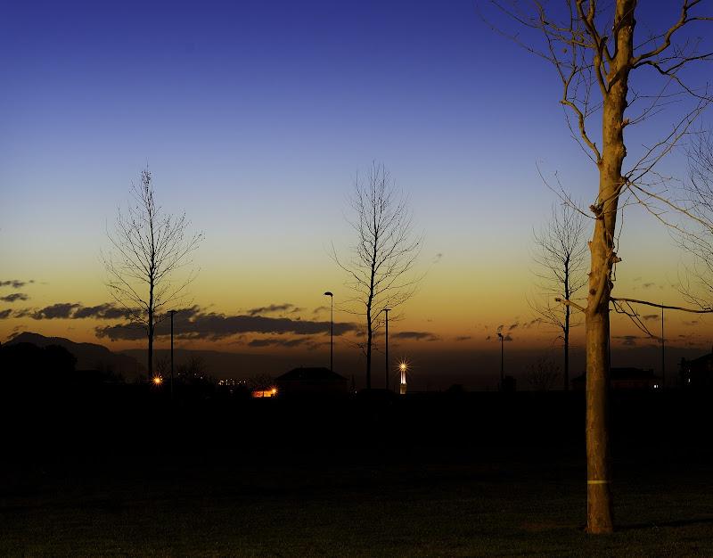 Genova, la Lanterna all'alba di Stefano Bruzzi