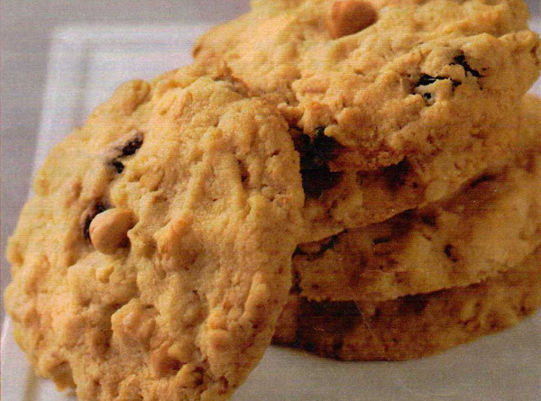 Oatmeal, Raisin & Nut Cookies Recipe