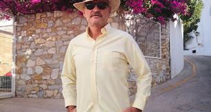 Tomás Komuda en Ibiza, donde pasa unos días.
