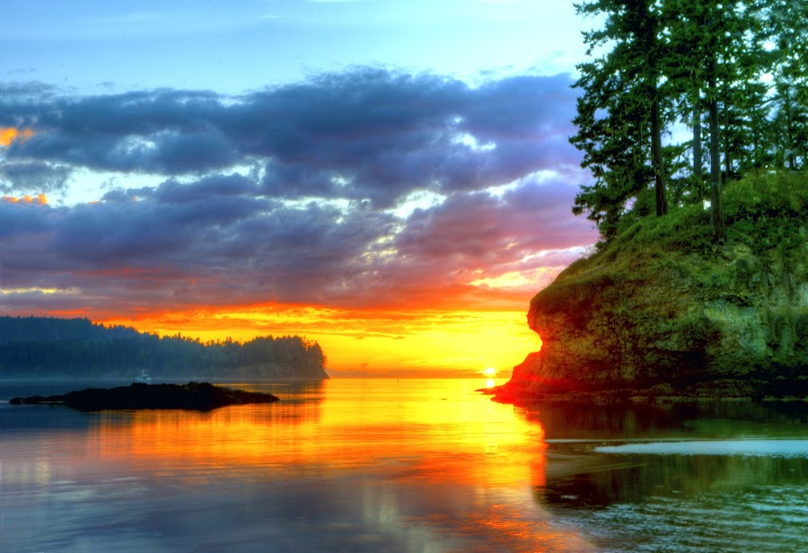 Salt Creek Sunset by Rod Mathis - Landscapes Sunsets & Sunrises ( washington, red, sunset, green, salt creek, ocean, beach, evening )