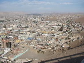 Photo: Arica, Küsten- und Stadt an der Atacamawüste (Chile)