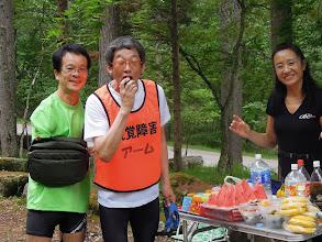 Photo: エイドに寄るとほっとするよ! ちゅう(単独走)とアーム、フラ