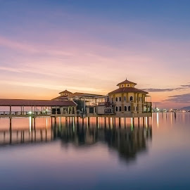 QE II 360 Waterfront Venue by Ah Wei (Lung Wei) - City,  Street & Park  Vistas ( shore, reflection, sunrises, penang ferry, george town, penang island, landscape, nikon d7000, qe ii restaurant, 马来西, qeii restaurant, 戶外, 倒影, george town penang, 風景, ah wei (lung wei), 长曝, tokina 11-16mm, 海洋, long exposure, penang qe ii, 岸邊, nikon, 槟城, water, clouds, 云, 日落, 天空, qeii the waterfront venue, 风景, tokina 11-16mm f2.8, 日出, 水, 海岸, malaysia, inverted, my, qe ii 360 waterfront venue, pulau pinang, blue, penang, 乔治市, 安詳, sunrise, 海, tokina, qe ii )