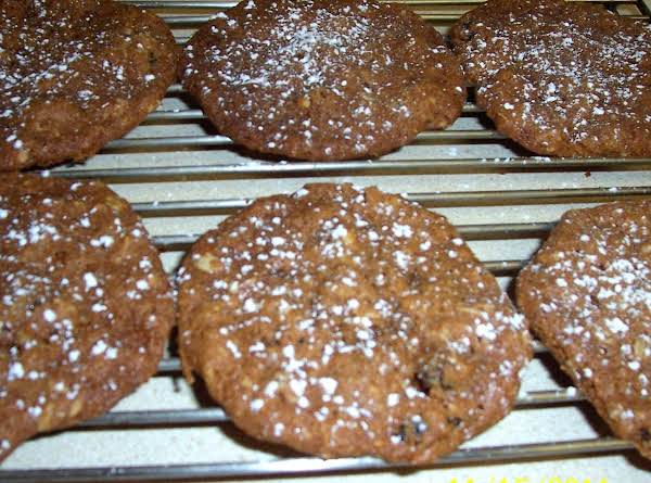 Alzena's Oatmeal Cookies Recipe