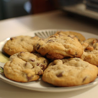 Toaster Ovens Make Better Chocolate Chip Cookies