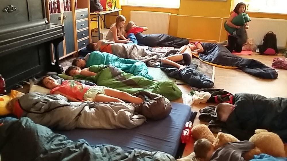 Spaní páťáků ve škole 2016