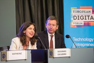 Photo: Ana Segurado Escudero, CEO of Telefónica Open Future; Bernard Le Masson, managing director for public service at Accenture Strategy