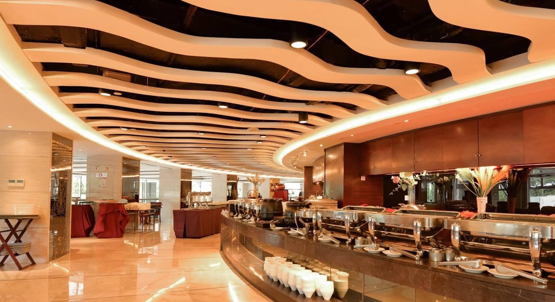 Regal Jinfeng Hotel