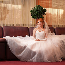 Wedding photographer Denis Furazhkov (Denis877). Photo of 28.04.2015