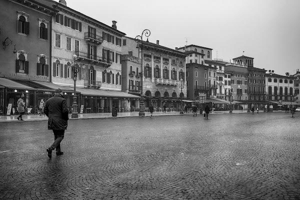 piazza Bra' - Verona di elisabetta_de_carli