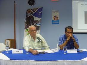 Photo: Grupo de Reflexion - Mesa de Presidium: Galio Gurdian (PNUD) y Jorge Arostegui (CIET)