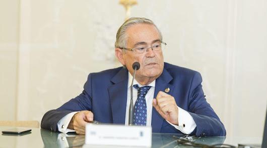 El catedrático Andrés M. García Lorca.