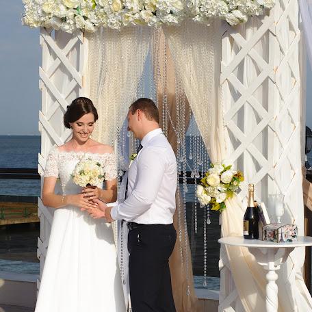 Wedding photographer Svetlana Yashonkova (svetlanayashon). Photo of 19.02.2018