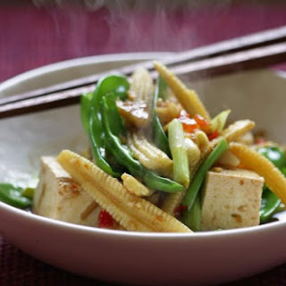 Baby Corn and Snow Pea Stir-Fry Recipe