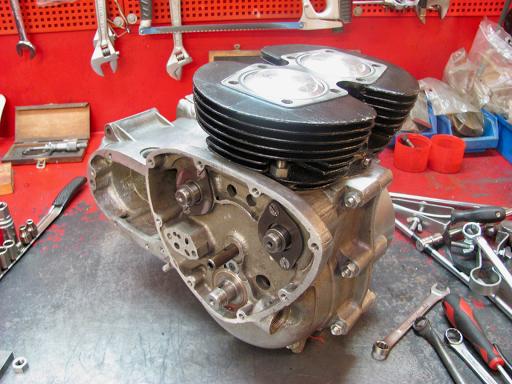 Cylindre et pistons de 5TA 1959