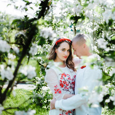 Wedding photographer Yuliya Ryzhaya (UliZar). Photo of 03.05.2018