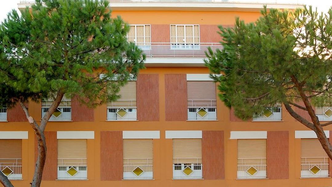 La Casa di Nazareth Casa per ferie  Hotel Economico a Roma