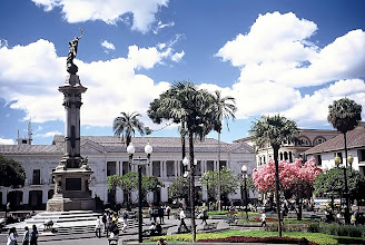 Photo: Quito, Plaza de Independencia